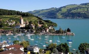 The bay of Spiez/ View from the course venue